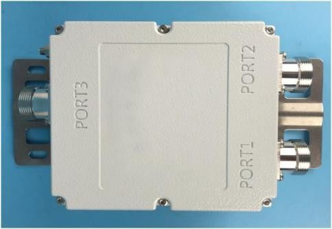 High Isolation Dual Band Combiner Low Insertion Loss